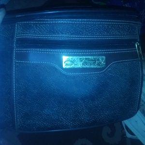 Oscar de la Renta travel bag/ makeup carrier